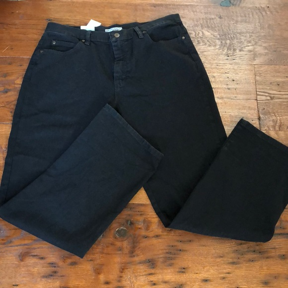 7746561fef7c2 Lee Relaxed Fit Plus Size Black Jeans- NWT